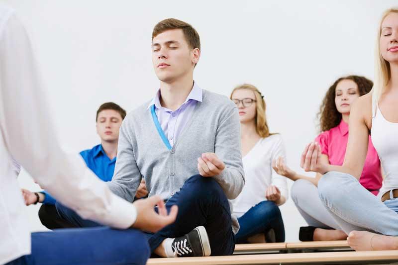 Yoga tieners Janneke Lourens
